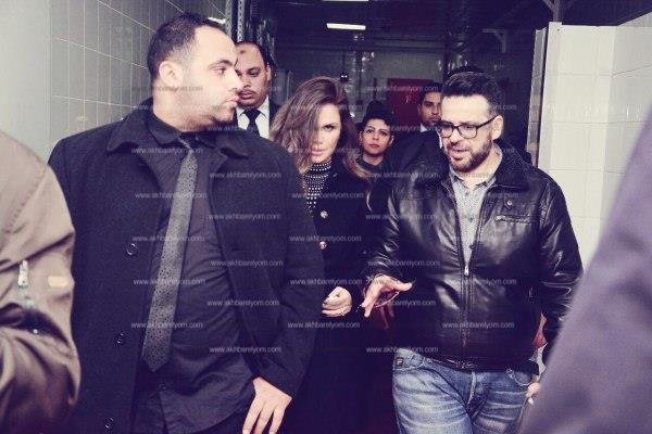 نيكول سابا تخطف الأنظار بإطلالة رشيقة في القاهرة الجديدة