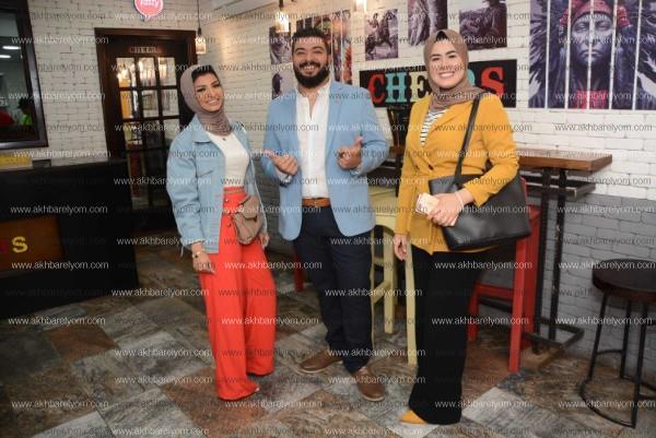 نرمين ماهر وياسمين الخطيب يشاركان بحفل أحد المطاعم