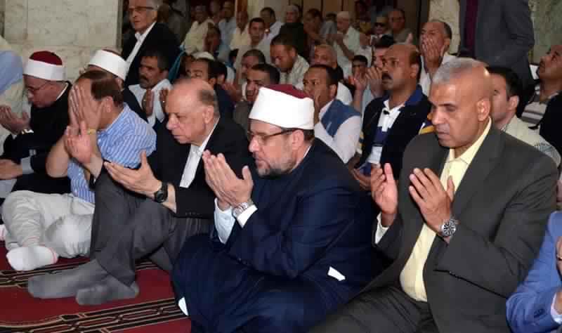 صلاة الجمعة بمسجد سيدي حسن الأنور