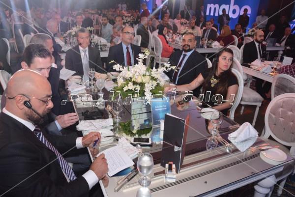إطلالة رشيقة لـ«نيكول سابا» بحفل إحدى الشركات
