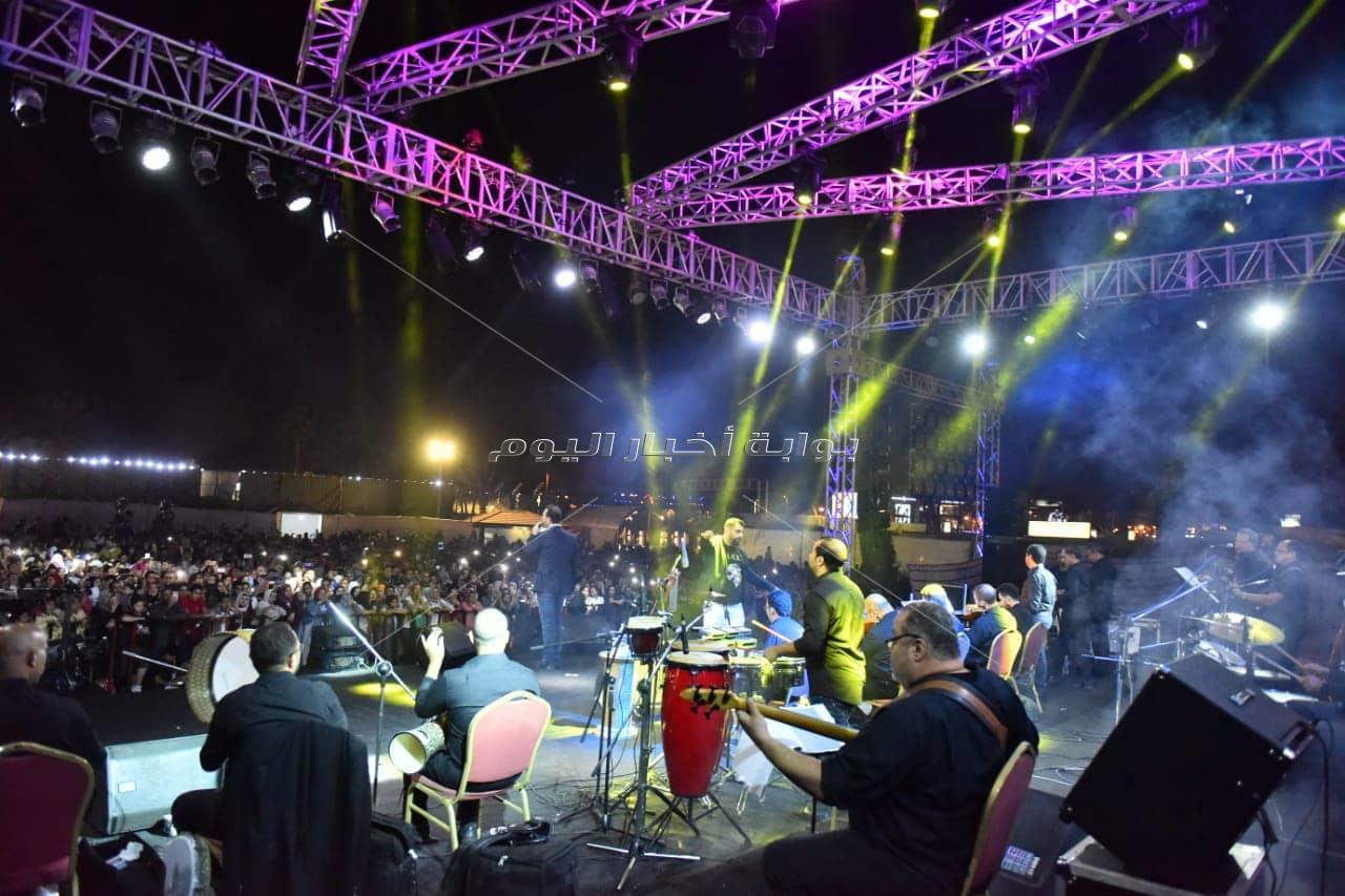 وائل جسار يتألق بأغنياته في الإسكندرية