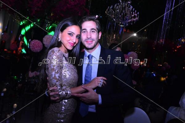 هيفاء تتألق بـ«الأخضر» في حفل زفاف.. وجوهرة تُشعل الأجواء