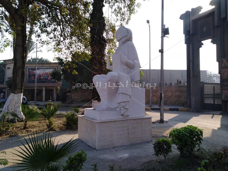 تمثال الفلاحة