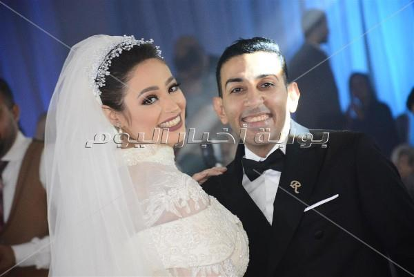 سامو زين يُغني للعندليب بزفاف «جمال ونورهان»