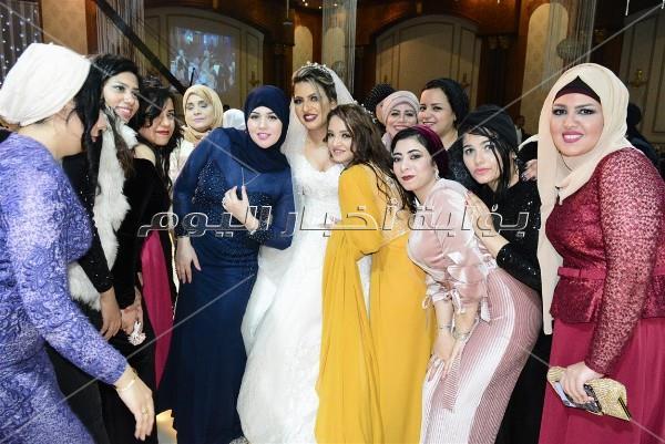 كاريكا يُشعل زفاف «باسم ورنا» بـ«روميو»