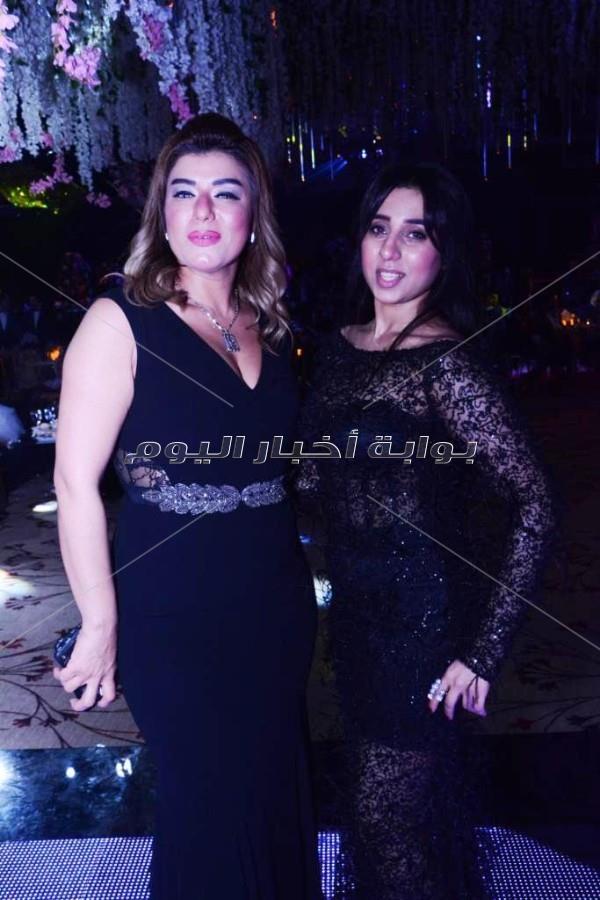 تامر حسني والليثي وجوهرة يشعلون زفاف «عماد وديان»
