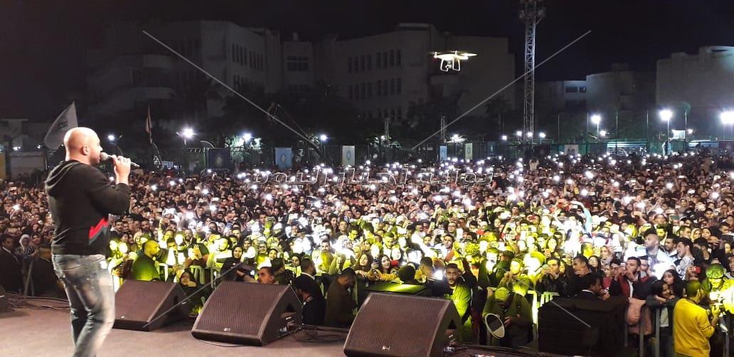 العسيلي وكايروكي في حفل «جامعة مصر»