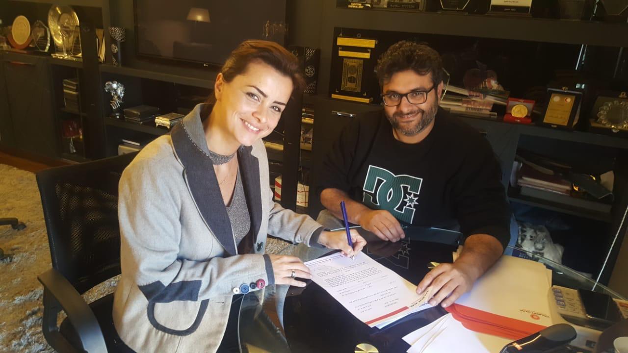 نور وبيومي فؤاد وبدرية أمام أكرم حسني في «الأوضة الضلمة»