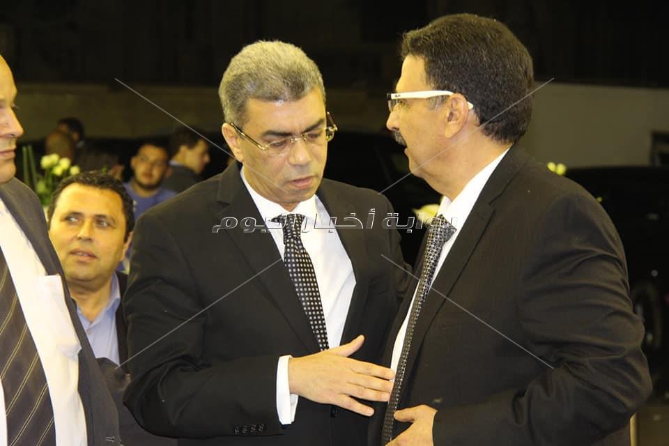 ياسر رزق يستقبل واجب عزاء الكاتب إبراهيم سعدة