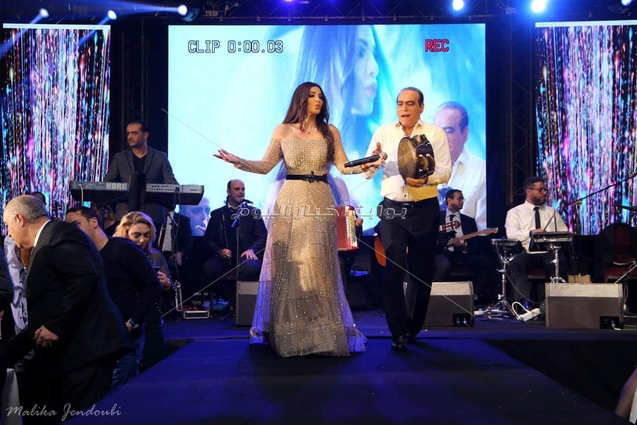 دينا حايك تتألق بحفل ضخم في تونس