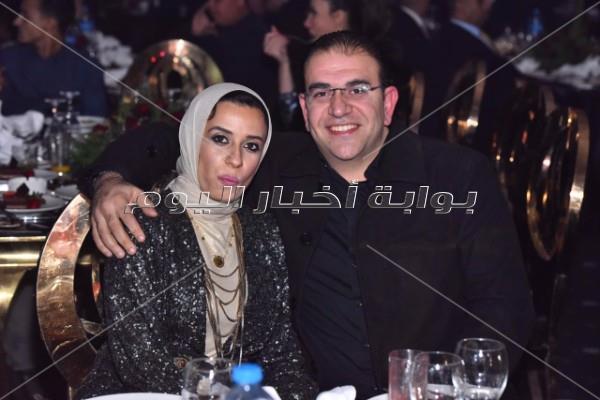هيفاء تخطف الأنظار بسواريه مثير واستعراضات مميزة في الإسكندرية
