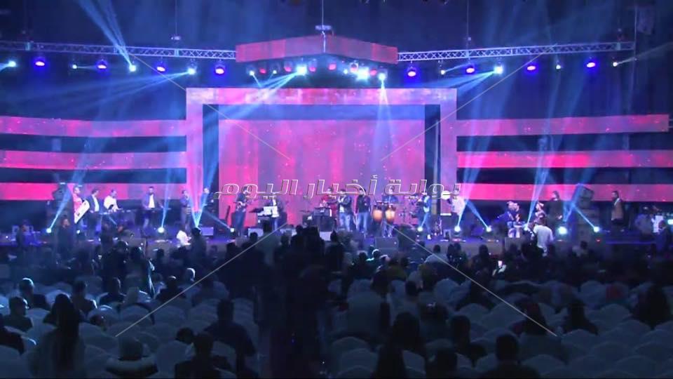 حفل عدوية وحجاج في الكويت