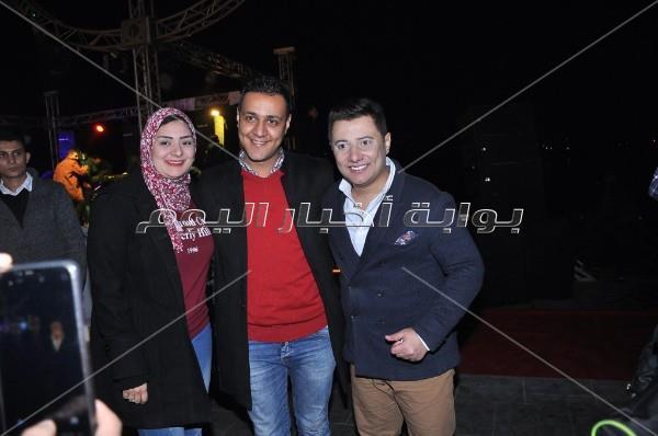 عدوية ومحمد عبد المنعم يشعلان حفل «كورنيش المعادي»