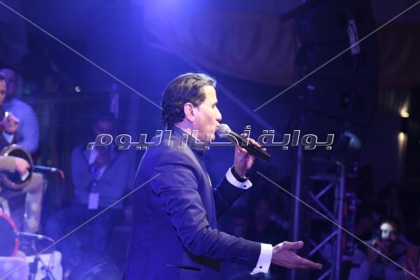 شيبة وكارمن سليمان في حفل الكريسماس بالتجمع