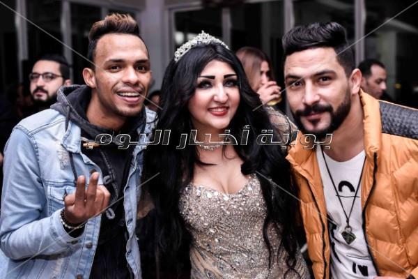 أحمد سلامة وعلاء مرسي وأبو الليف في عيد ميلاد مها عبد الكريم
