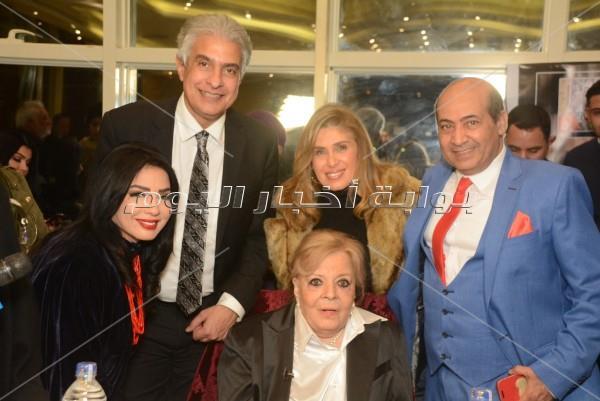 نجوم الفن يحتفلون بعيد ميلاد نادية لطفي