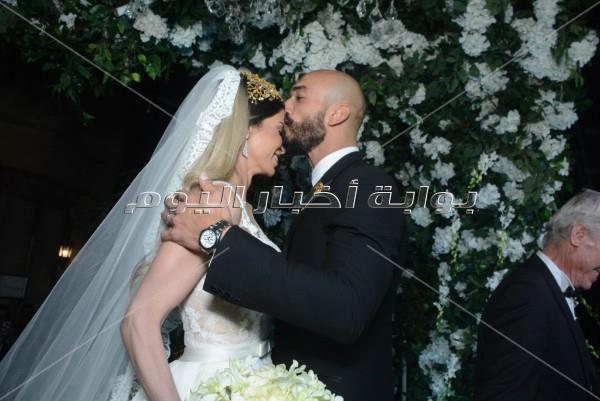«دويتو» الليثي وبوسي بزفاف «محمود ونهى»