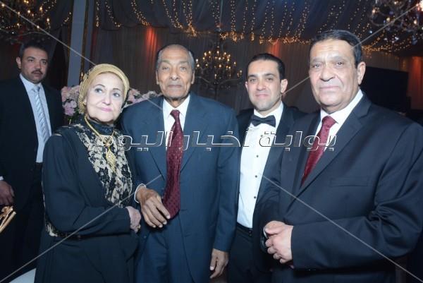 المشير طنطاوي ومصطفى مدبولي يحتفلون بزفاف ابن رئيس العاصمة الإدارية