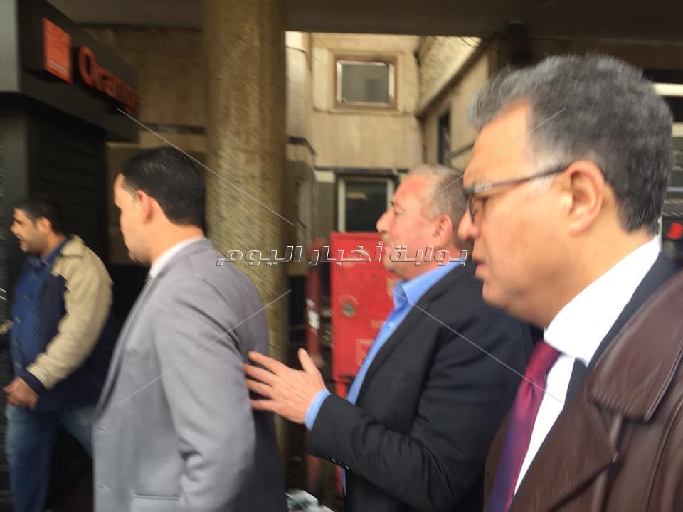وزير النقل يصل محطة مصر لتفقد حادث القطار