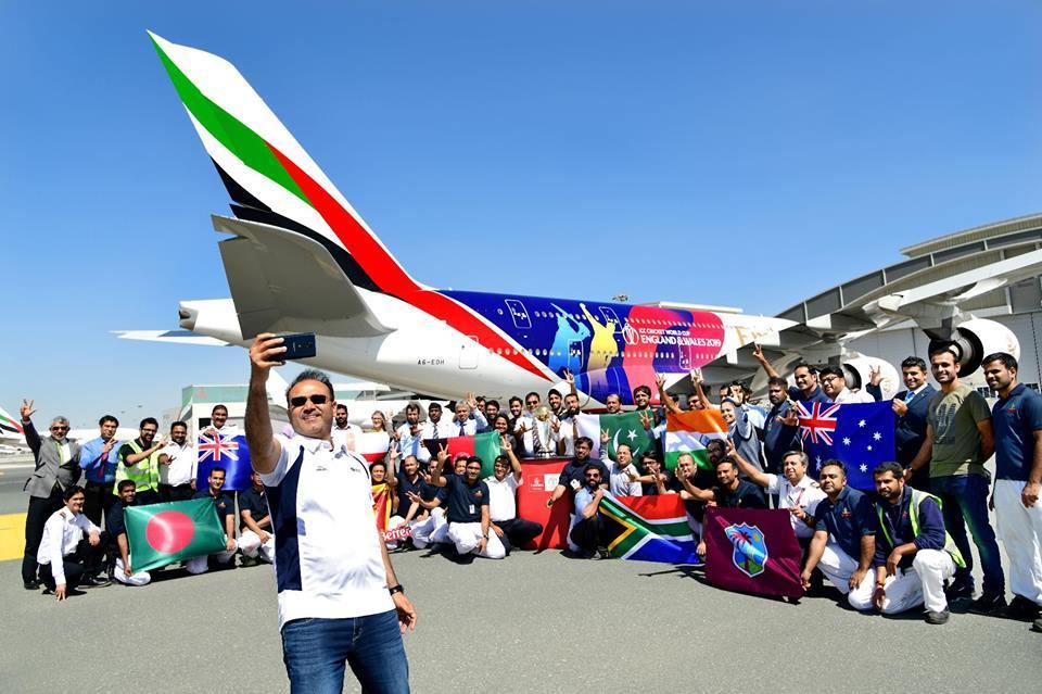 طيران الإمارات تزين A380 بملصق خاص استعدادا لكأس العالم للكريكيت