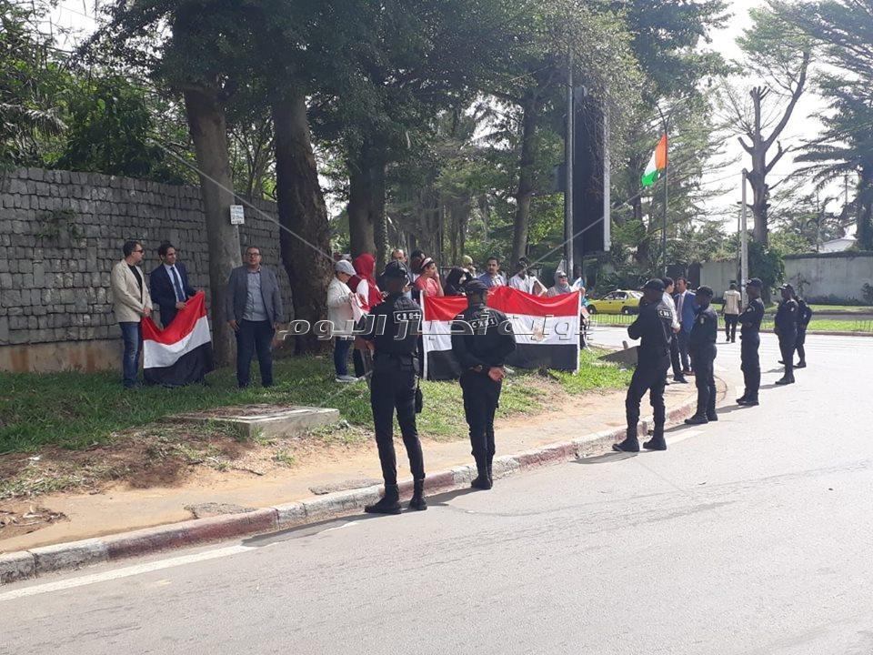 الجالية المصرية تستقبل الرئيس السيسي في كوت ديفوار