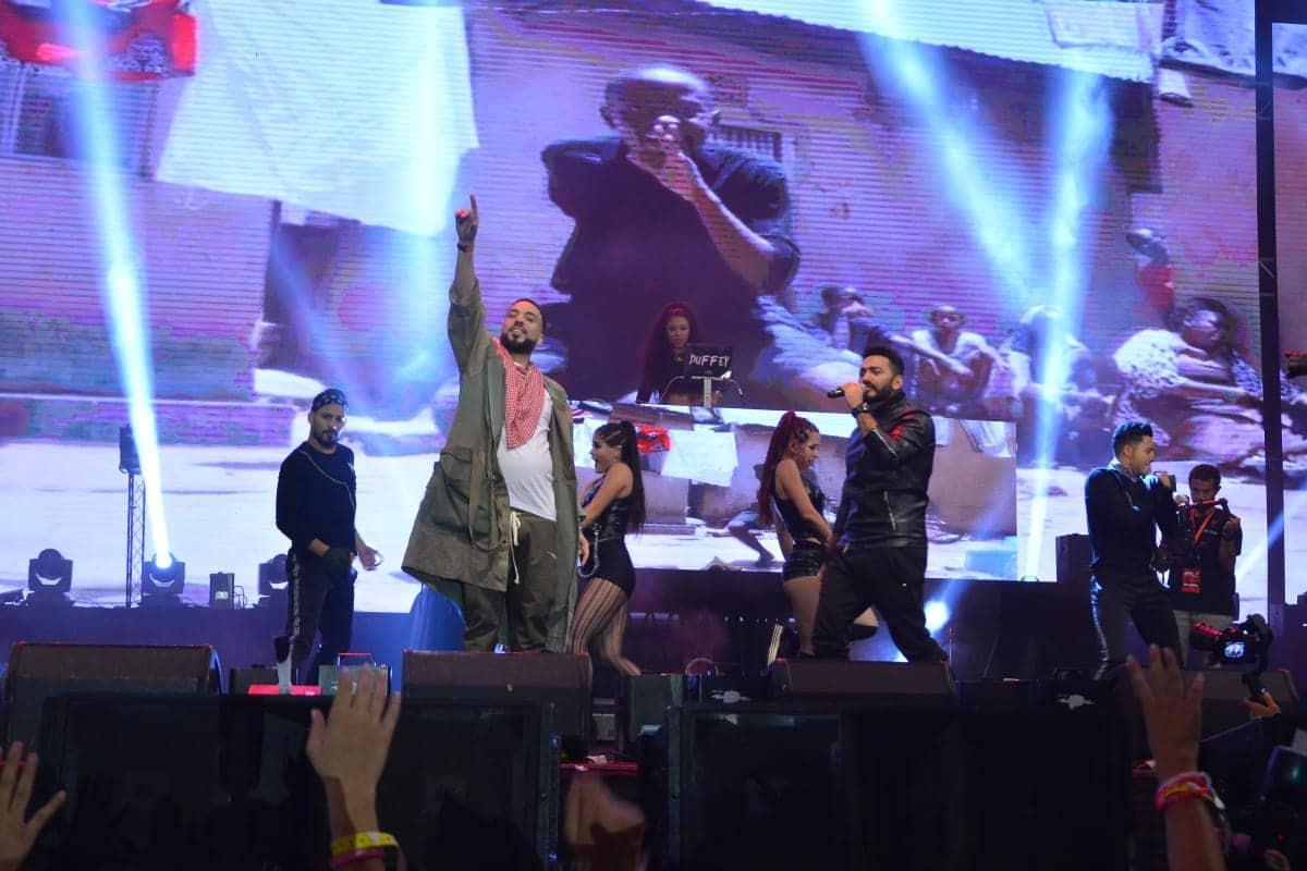 فرنش مونتانا يشعل حفله بمصر.. وتامر حسني يفاجئ الجمهور بمشاركته استعراض «Unforgettable»