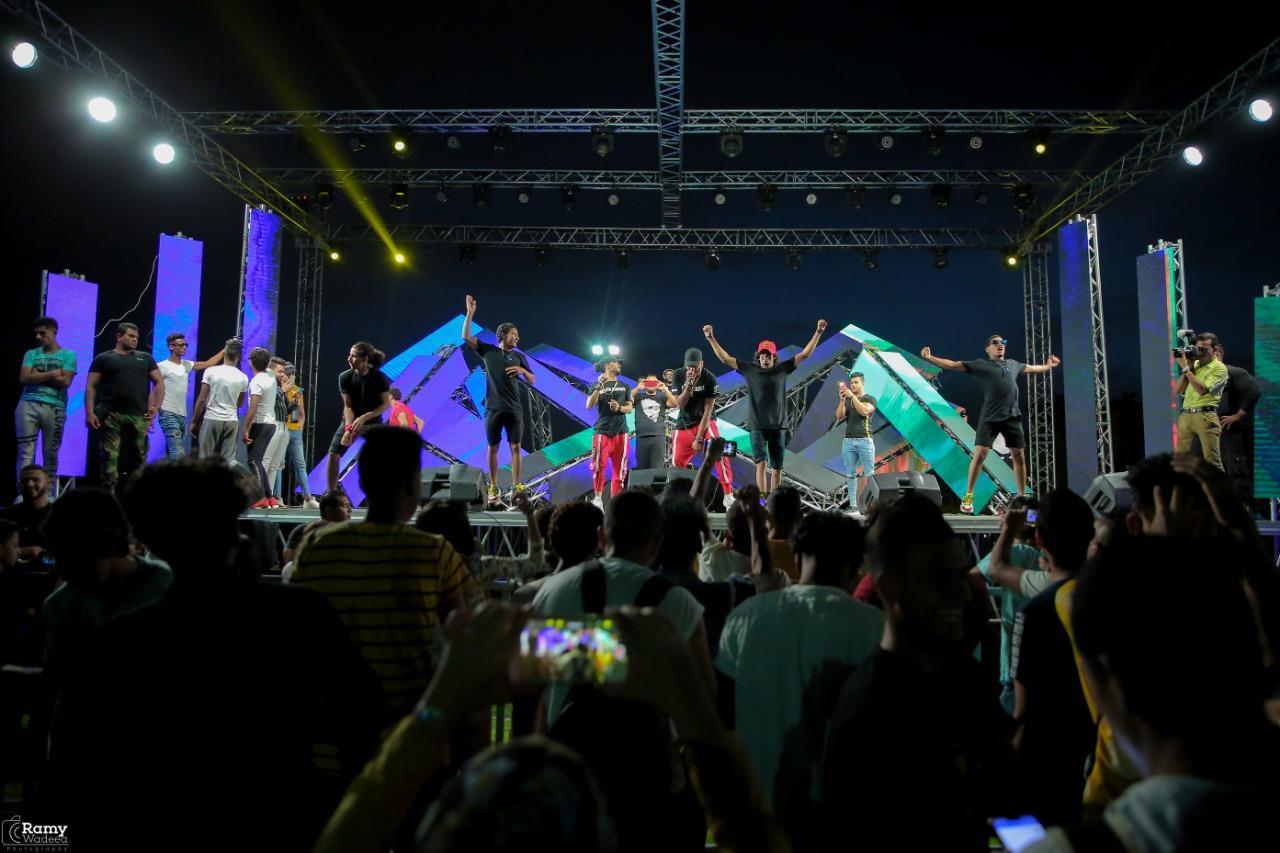 شحتة كاريكا والدخلاوية يحتفلون بالعيد في «فاميلي بارك»