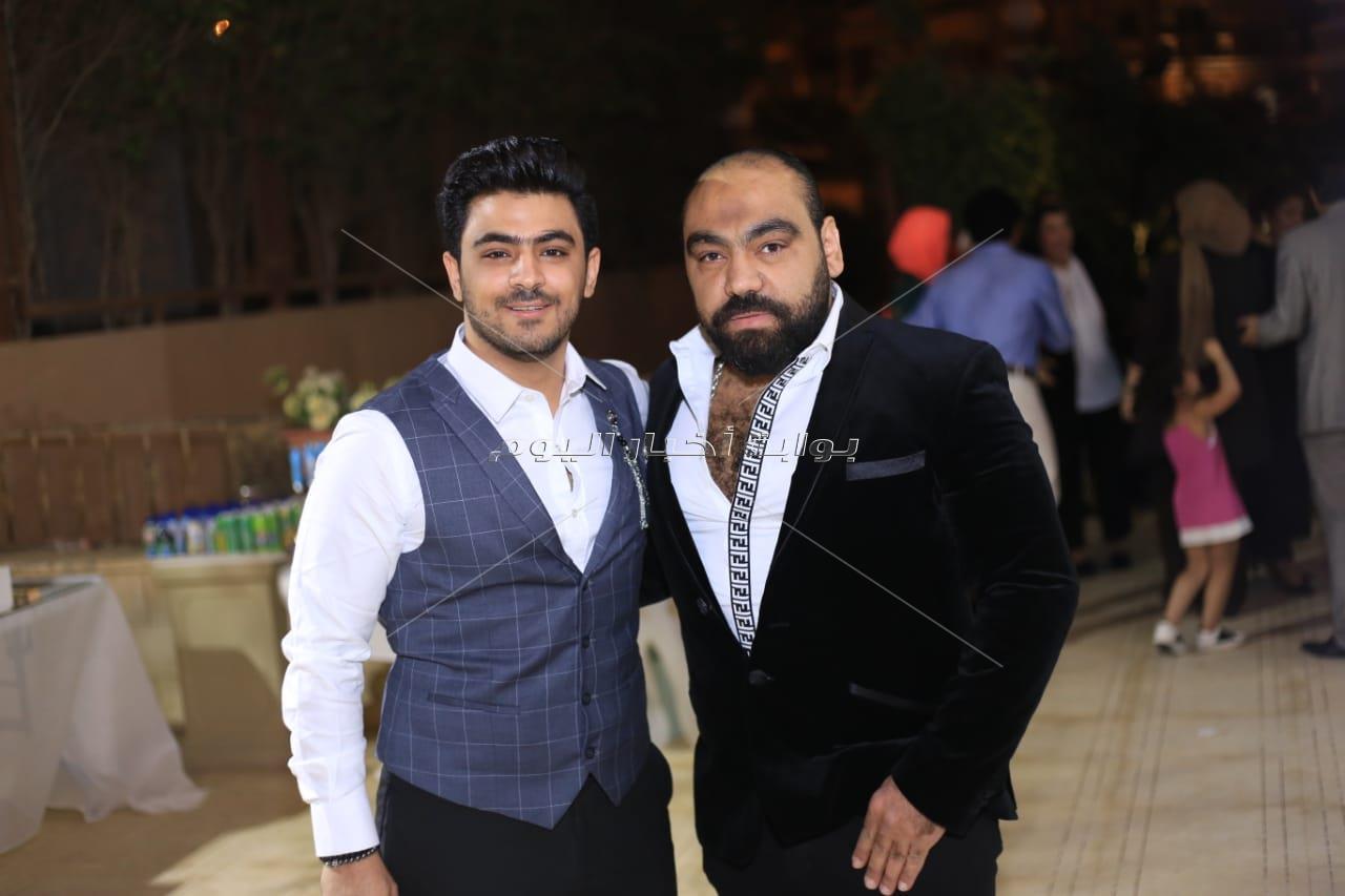 أحمد ومحمد عدوية يحتفلان بخطوبة المطرب يونس
