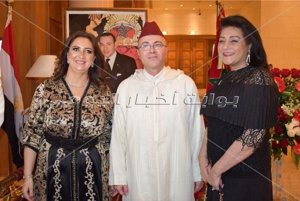 عمرو موسى وسمير صبري ونبيلة عبيد في احتفال سفارة المغرب بالعيد الوطني