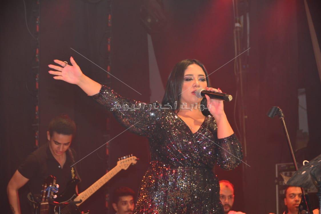 30 صورة من حفل ميرفت وجدي في ساقية الصاوي