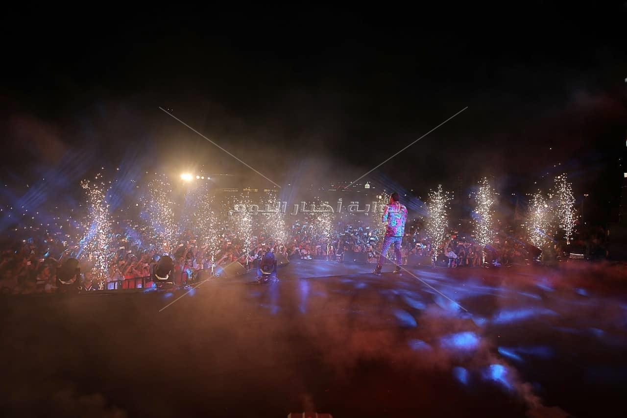رامي صبري يتألق  بأضخم سهرات «الساحل» احتفالا بإطلاق «فارق معاك»