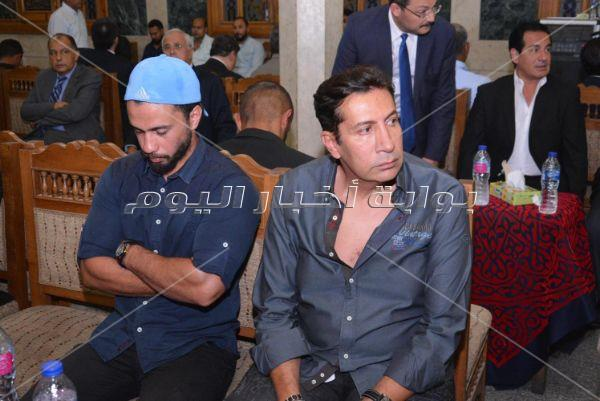 مشاهير في عزاء السفير فؤاد محمود يوسف بمسجد عمر مكرم