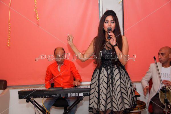 الفنانة شيخة تحتفل بعيد ميلادها