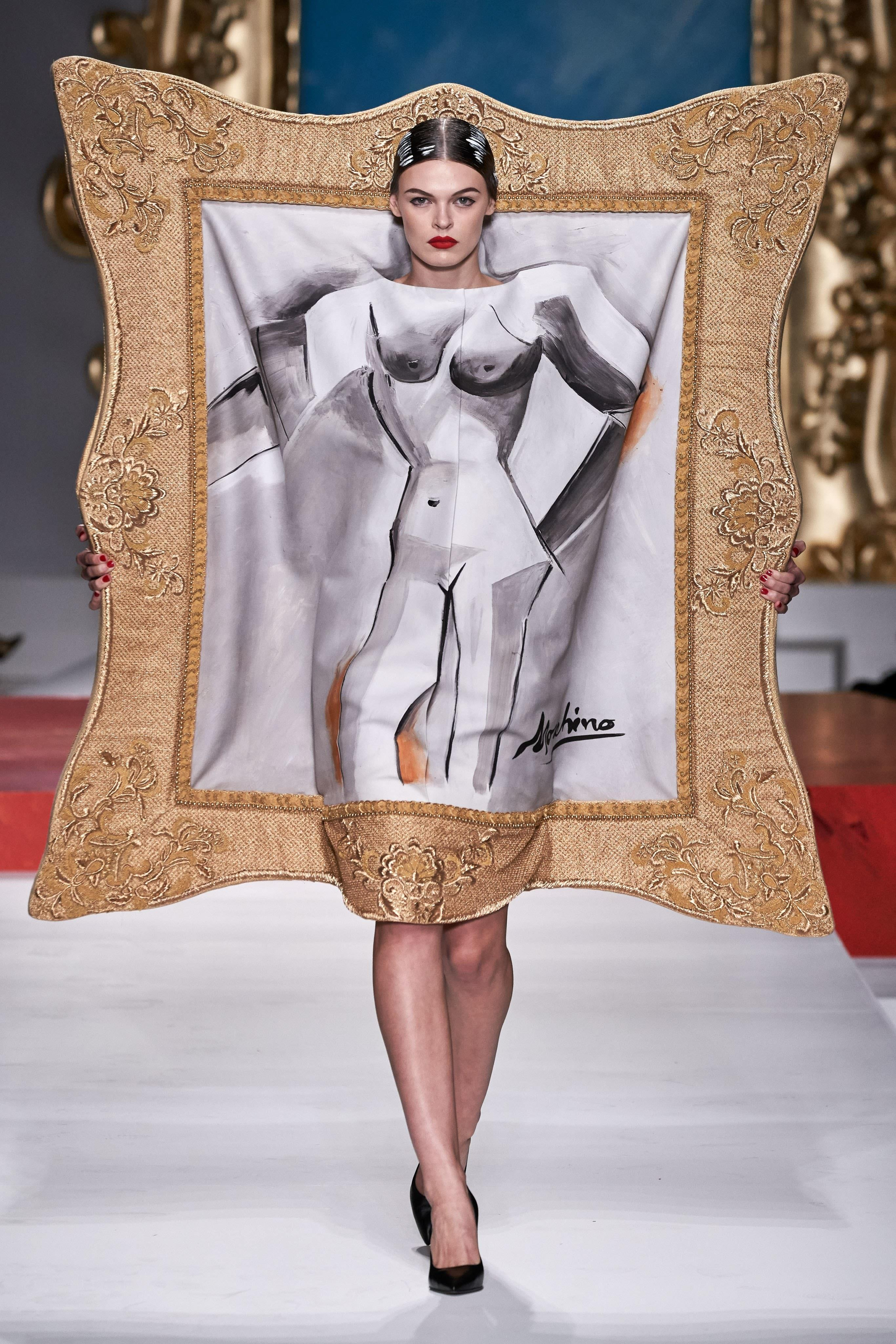 """أزياء ربيع وصيف 2020 لـ """"MOSCHINO"""""""