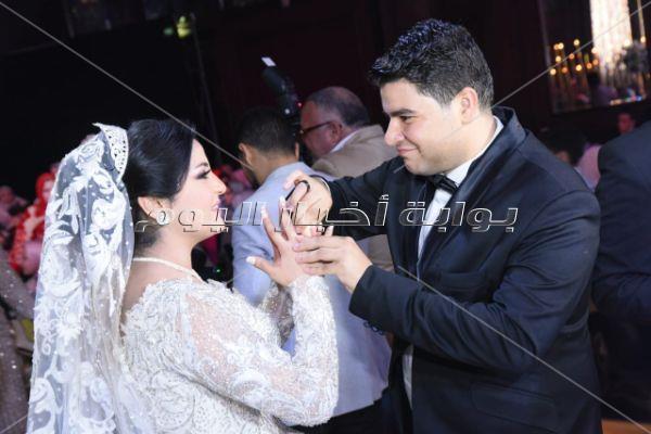 حمادة هلال ودياب والليثي نجوم زفاف «عمر وأميرة»