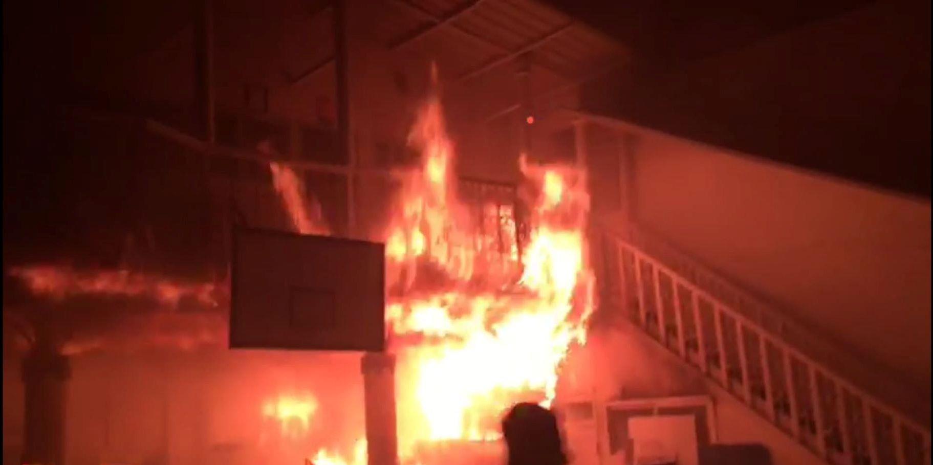 خماد حريق بمدرسة خاصة في الإسكندرية