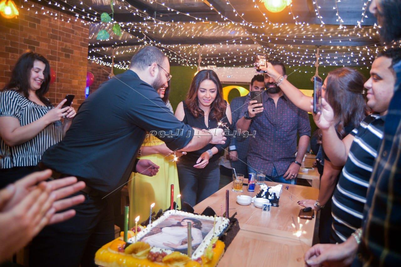 زيزي عادل ونرمين ماهر وهدى تحتفلن بعيد ميلاد ياسمين نيازي