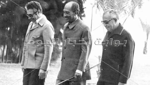 أنيس منصور وأنور السادات