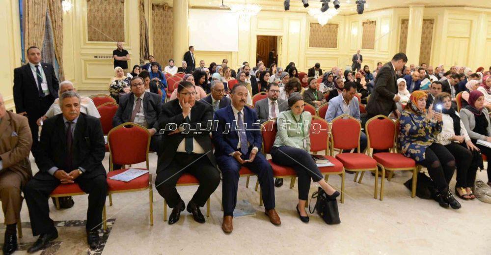 جلسة « التمويل والصناعات الصغيرة والمتوسطة» بمؤتمر أخبار اليوم الاقتصادي السادس