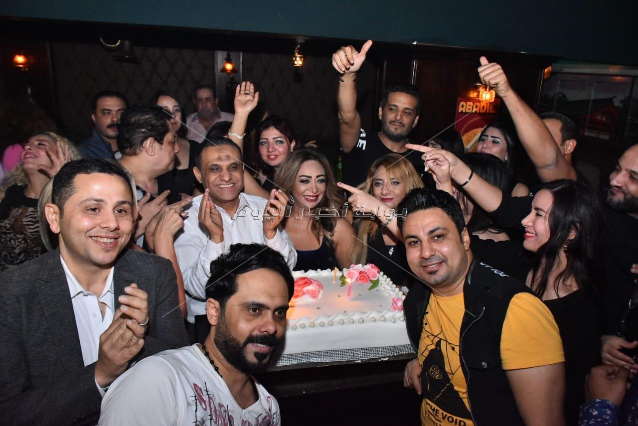 مشاهير يحتفلون بعيد ميلاد محمود حلمي