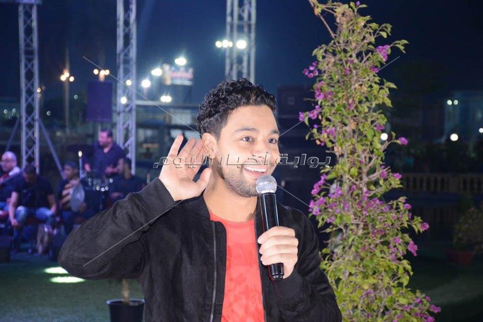 أحمد جمال يتألق في حفل نادي بروسيا مصر