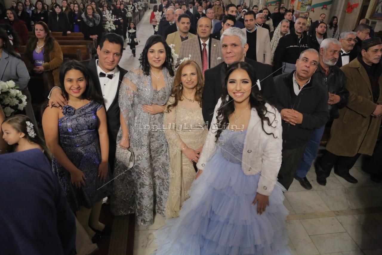 الليثي ودينا يشعلان زفاف «مينا وناردين» بحضور مشاهير الإسكندرية