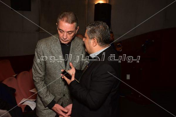 محمود حميدة وصناع مهرجان الأقصر يحتفلون بعيد ميلاد يوسف شاهين