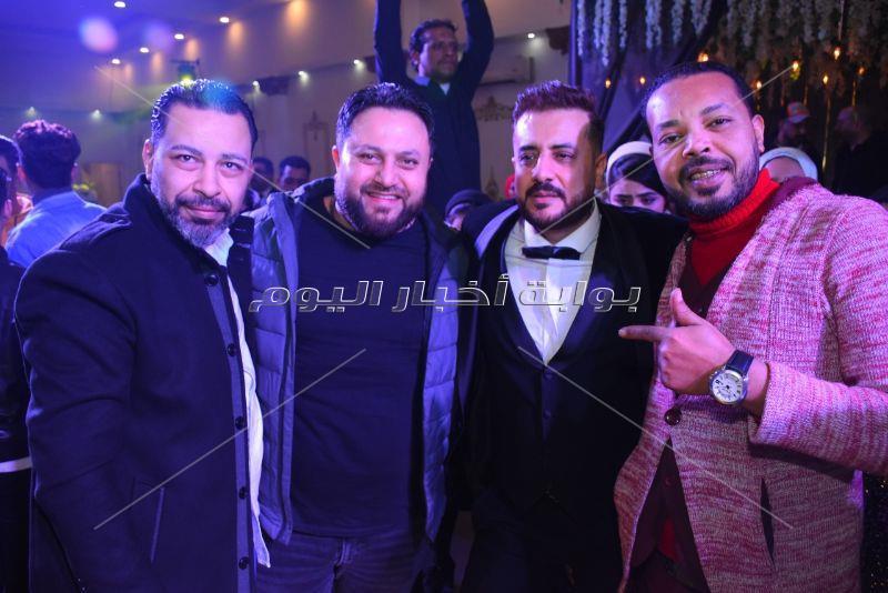 الليثي وطارق عبد الحليم يحتفلان بعيد ميلاد «هشام ونرمين»