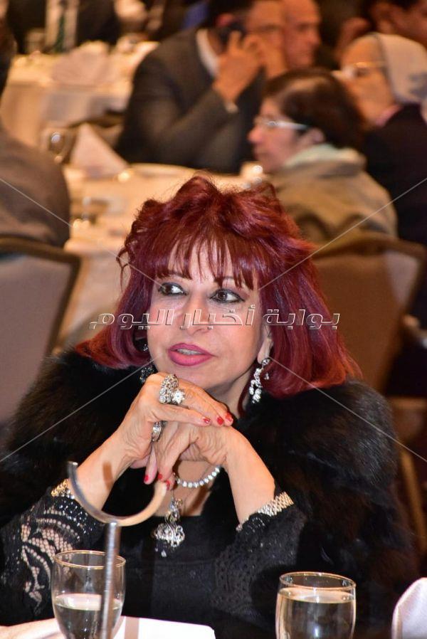 تكريم غادة والي من منظمات المجتمع المدني بحضور عدد كبير من الوزراء ومشاهير الفن والأعلام