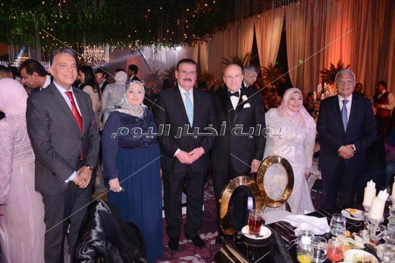 وزراء في حفل زفاف ابنة وزير الصحة الأسبق