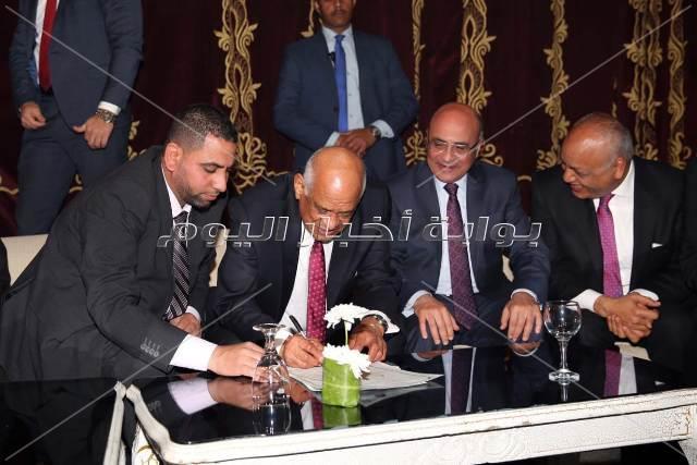 علي عبد العال ووكيلي مجلس النواب في زفاف ابنة النائب محمد الحسيني