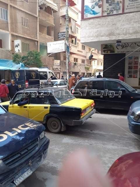 """انهيار شرفة عقار بـ """"عريس وعروسة"""" في الإسكندرية"""