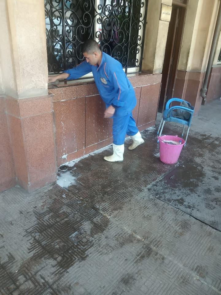 """""""السكة الحديد"""" تطلق حملة نظافة موسعة بمحطات القطارات والورش"""
