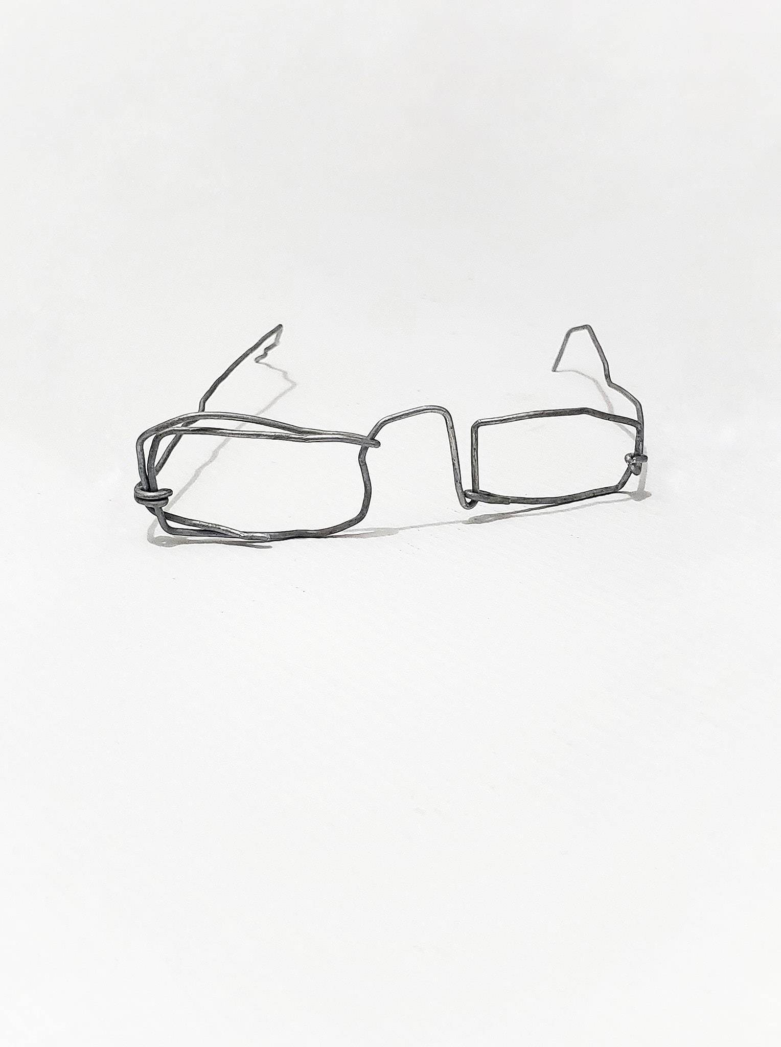 قصة طفل أصبح حديث العالم بسبب «نظارته»